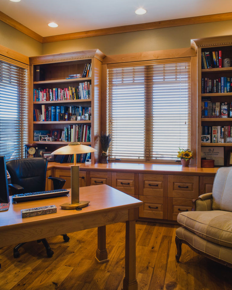 study, desk, cabinetry, crown molding, stain grade woodwork